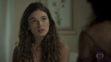 Ritinha explica para Bibi por que deixou casa de Joyce - A amiga apoia a moça