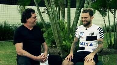 Casagrande entrevista Lucas Lima no CT do Santos - Casagrande entrevista Lucas Lima no CT do Santos