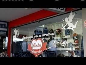 Comércio de Governador Valadares se prepara para Dia dos Namorados - Lojistas estão otimistas.