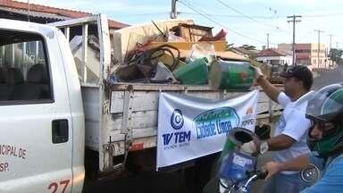 Cidade Limpa percorre bairros de Pompeia nesta semana - Continua nesta quarta-feira o projeto Cidade Limpa em Pompeia. Os caminhões percorrem bairros da cidade para recolher os materiais descartados pelos moradores.
