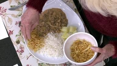 Ana Maria dá dica de batata palha caseira - Batatas podem acompanhar receita de strogonoff tradicional e são mais econômicas que as industrializadas