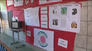 TV Paraíba recebe homenagem de escola em Campina Grande - A homenagem foi por causa dos trinta anos da TV Paraíba.
