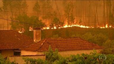Incêndio florestal sem controle deixa mais de 60 mortos em Portugal - É um dos maiores incêndios florestais da história do país.