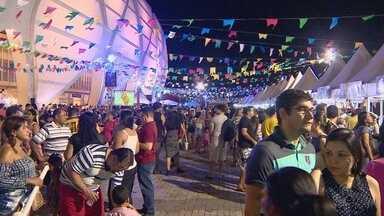 Comidas e danças juninas animam arraial na Arena da Amazônia - Com o início do mês de junho, guloseimas e as danças típicas de arraiais e festejos de São João animam o país.