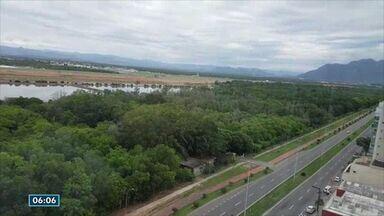 Morador de Vitória sugere criação de parque ecológico em mata em Camburi - Infraero disse que área vai continuar sendo preservada.