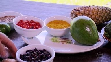 Pesquisa revela os 40 alimentos com maior poder anti-inflamatório - Pesquisadora da UFSM preparou para o Globo Repórter uma refeição com os dez alimentos mais anti-inflamatórios da lista.