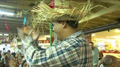 Dia de São João com festa na feira de São Cristovão - Comemoração tem direito a comidas típicas e quadrilha