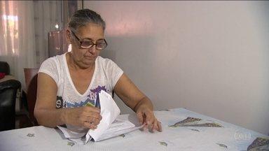 Resultado de imagem para Servidores vivem drama após um ano de calamidade financeira no RJ