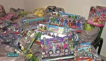 Polícia apreende brinquedos falsificados na capital de Fortaleza - Saiba mais em g1.com.br/ce