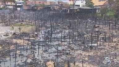 Famílias afetadas por incêndio em Manaus ainda aguardam indenização - Caso ocorreu na Comunidade Artur Bernardes