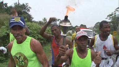 Revezamento com fogo simbólico do Dois de Julho está a caminho de Salvador - Comemoração pela independência do Brasil na Bahia já começou em Cachoeira, cidade do recôncavo baiano que foi palco de importantes lutas.