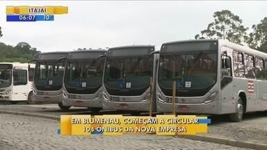 Começam a circular 104 ônibus da nova empresa em Blumenau - Começam a circular 104 ônibus da nova empresa em Blumenau