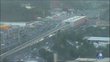Veja imagens do trânsito na Avenida ACM - Confira no Radar do JM.