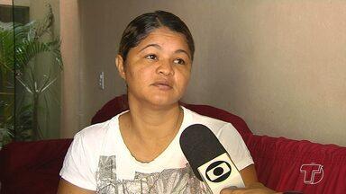 Famílias cobram justiça após atropelamento de adolescentes em romaria na PA-431 - Caso aconteceu em Mojuí dos Campos e completará um mês nesta terça-feira (4). Polícia continua investigações na tentativa de identificar veículo que se envolveu no acidente.