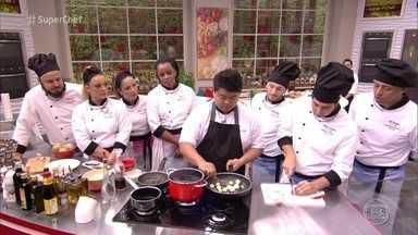 Workshop do chef Thiago Maeda - Chef é especialista em ovos e dá quatro receitas diferentes para a galera do Super Chef Celebridades