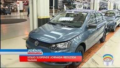 Volks vai suspender a jornada reduzida em Taubaté - Montadora diz que há exéctativa de aumento na produção.