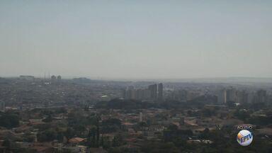 Confira a previsão do tempo para quinta-feira (13) na região de Ribeirão Preto - Termômetros chegam perto dos 30º C em toda região. Tempo seco predomina e não há previsão de chuva para o sudeste.