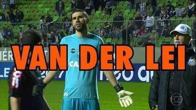 Santos vence o Atlético-MG fora de casa em mais uma noite especial de Vanderlei - Santos vence o Atlético-MG fora de casa em mais uma noite especial de Vanderlei