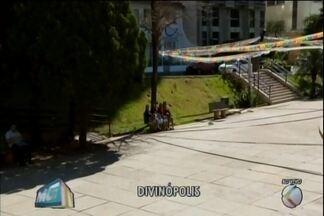 MGTV volta à Praça do Santuário em Divinópolis e mostra operação após reclamações - Prefeitura, em parceria com a Polícia Militar fez ação no local. Limpeza foi feita e o Centro de Artes foi trancado.