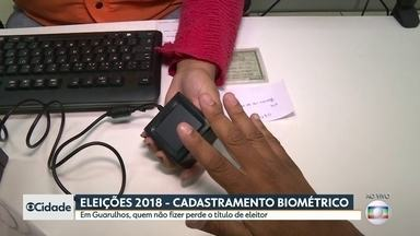 Postos do TRE agilizam cadastramento biométrico em Guarulhos - Em Guarulhos, segunda maior cidade do estado, o eleitor só vai poder votar no ano que vem se tiver feito o cadastramento biométrico. Ou seja, na hora da votação, a identificação da pessoa será feita pela digital.