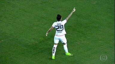 Santos bate o Corinthians/Audax por 2 a 0 e sai na frente na final do Brasileiro feminino - Santos bate o Corinthians/Audax por 2 a 0 e sai na frente na final do Brasileiro feminino