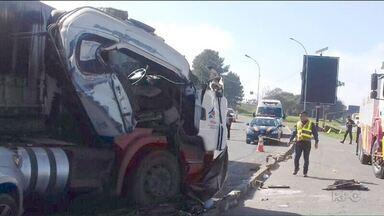 Paraná é o segundo estado com o maior número de acidentes com caminhões em rodovias - Em 2016 foram quase 3.200 acidentes e 260 pessoas mortas.