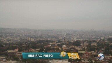 Veja a previsão do tempo para esta terça-feira (18) em Ribeirão Preto - O dia começou nublado e com a temperatura na casa dos 12°C.