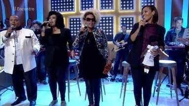 Fat Family relembra primeiro sucesso do grupo - 'Jeito Sexy' foi um hit da banda