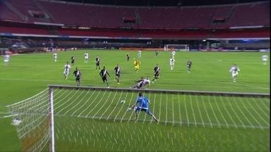 O gol de São Paulo 1 x 0 Vasco pela 15ª rodada do Campeonato Brasileiro - O gol de São Paulo 1 x 0 Vasco pela 15ª rodada do Campeonato Brasileiro.