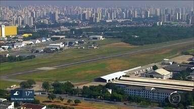 Parte do Aeroporto Campo de Marte vai virar um parque - Prefeitura acertou com o Ministério da Defesa que parte do Aeroporto Campo de Marte vai virar um parque. Pode ser o décimo na zona norte da capital.