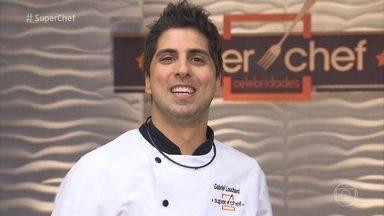 Veja a trajetória de Gabriel Louchard no Super Chef Celebridades - Humorista elege seus melhores e piores momentos no reality culinário