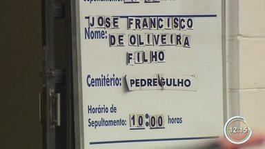 Taxista de 74 anos é morto em Guaratinguetá - Adolescente e jovem foram presos suspeitos de terem cometido o crime.