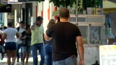 Insatisfação com serviço de telefonia é principal reclamação em Volta Redonda, RJ - Balanço do Procon do município revela que este é o destaque nos relatos de problemas de consumidores nos últimos quatro meses.