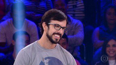 João Martins desiste e para com R$ 15 mil - Gaúcho reluta, mas acaba optando por não arriscar