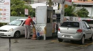 Em João Pessoa motoristas ainda não viram redução de preço do etanol nas bombas - O preço do litro do álcool está variando entre R$2,99 e R$3,04.