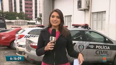 Suspeito de integrar quadrilha que ataca bancos é preso em Campina Grande - Na casa do suspeito foram encontrados grampos, ferramentas elétricas e dinamites.