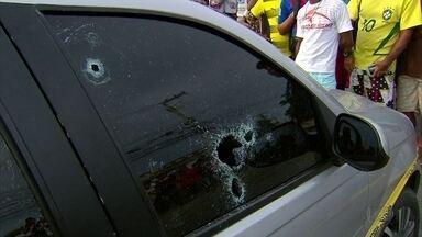 Detento é morto a tiros dentro de Uber na PE-15, em Olinda - Carro foi cercado três homens armados.