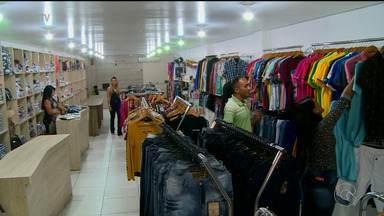 Em Salgueiro, comerciantes também esperam boas vendas para o Dia dos Pais - Em várias lojas, o estoque foi renovado com novidades de presentes para os pais.