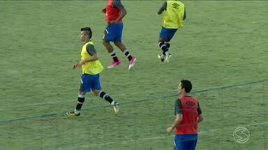 Equipe do Vasco treina em Pinheiral, RJ, para mais uma disputa pelo Campeonato Brasileiro - Time joga contra o Cruzeiro no Raulino de Oliveira, em Volta Redonda.