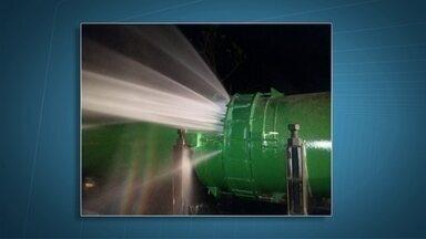 Rompimento de adutora deixa 10 regiões do DF sem água - A Caesb adiantou para esta quarta-feira (2) o racionamento na Asa Norte devido ao rompimento de uma adutora.
