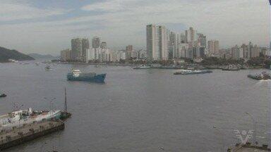 Justiça autoriza retomada da dragagem no canal de navegação do Porto de Santos - Serviço ficou paralisado por uma semana, de acordo com a autoridade portuária.