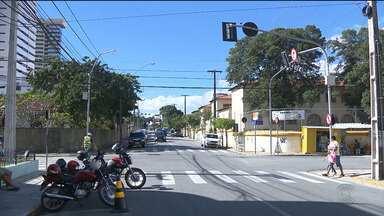 Bandidos roubam pacientes que estacionam veículos no bairro da Prata, em CG - Ontem uma grávida foi vítima dos ladrões