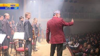 Concerto faz homenagem a Chico Buarque e Caetano Veloso em Porto Alegre - Próximas apresentações ocorrem nos dias 13 e 20 de agosto.