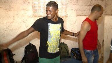 Após suspensão por doping, zagueiro Índio tenta recomeçar carreira no futebol - Após suspensão por doping, zagueiro Índio tenta recomeçar carreira no futebol