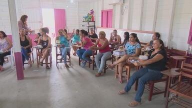 Cram dá orientações sobre a Lei Maria da Penha em conjunto habitacional de Macapá - A ação faz parte das comemorações aos 11 anos da lei na capital.