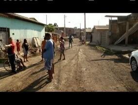 Moradores da rua Nova Esperança, reclamam de uma obra paliativa feita pela prefeitura - Moradores afirmam que doenças causadas pela poeira, surgiram após a obra da prefeitura.