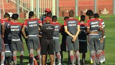 Vila Nova faz mistério para enfrentar o Boa Esporte no Serra Dourada - Técnico Hemerson Maria tem desfalques e não dá pistas de quem vai entrar em campo.