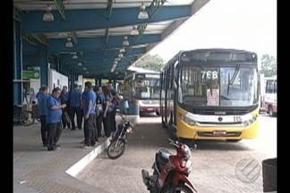 Rodoviários paralisam atividades por mais de três horas em Belém - Motoristas e cobradores protestaram no terminal que fica em frente ao Campus da Universidade Federal do Pará, no bairro do Guamá.