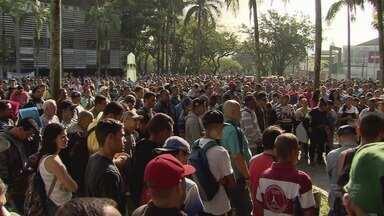 Desempregados realizam novo protesto em Cubatão - Eles pedem que a mão de obra local seja contratada pelas empresas.