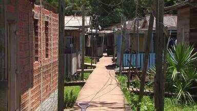Homem que cumpria pena por tráfico de drogas em casa foi assassinado em Macapá - Crime aconteceu na noite de quinta-feira (10), dentro da casa da vítima, no bairro Novo Horizonte, na Zona Norte. Homem cumpria pena em regime domiciliar.